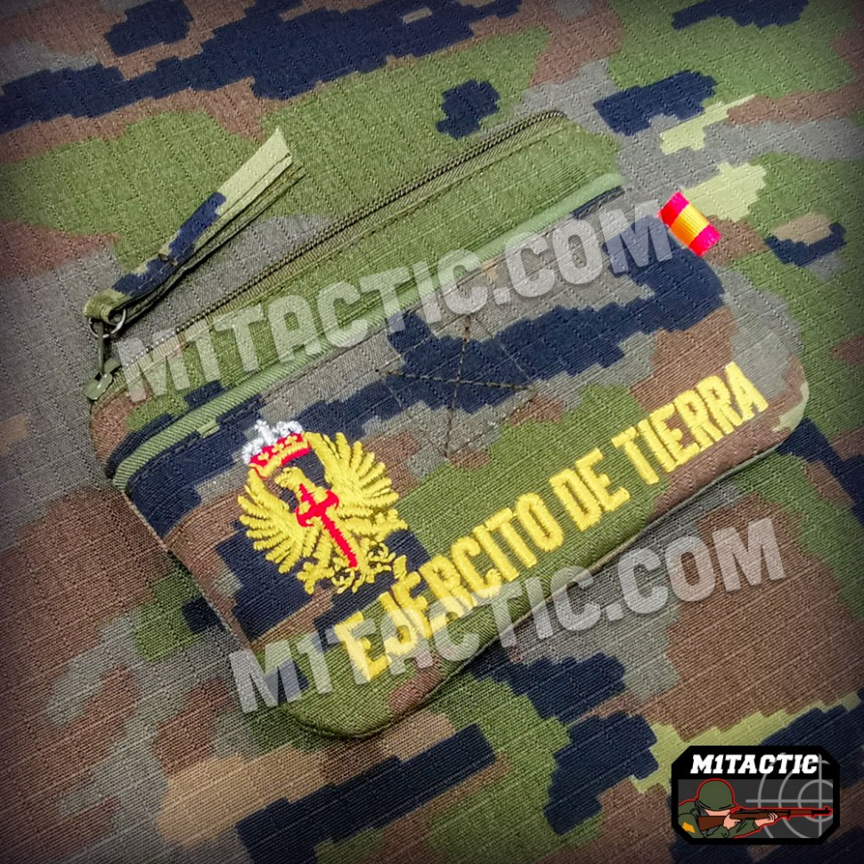 Coin purse wallet in Boscoso Pixelado of the Spanish Army