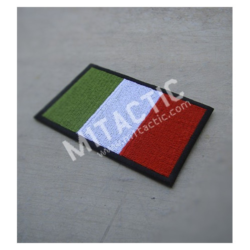 Embroidered Italian flag patch